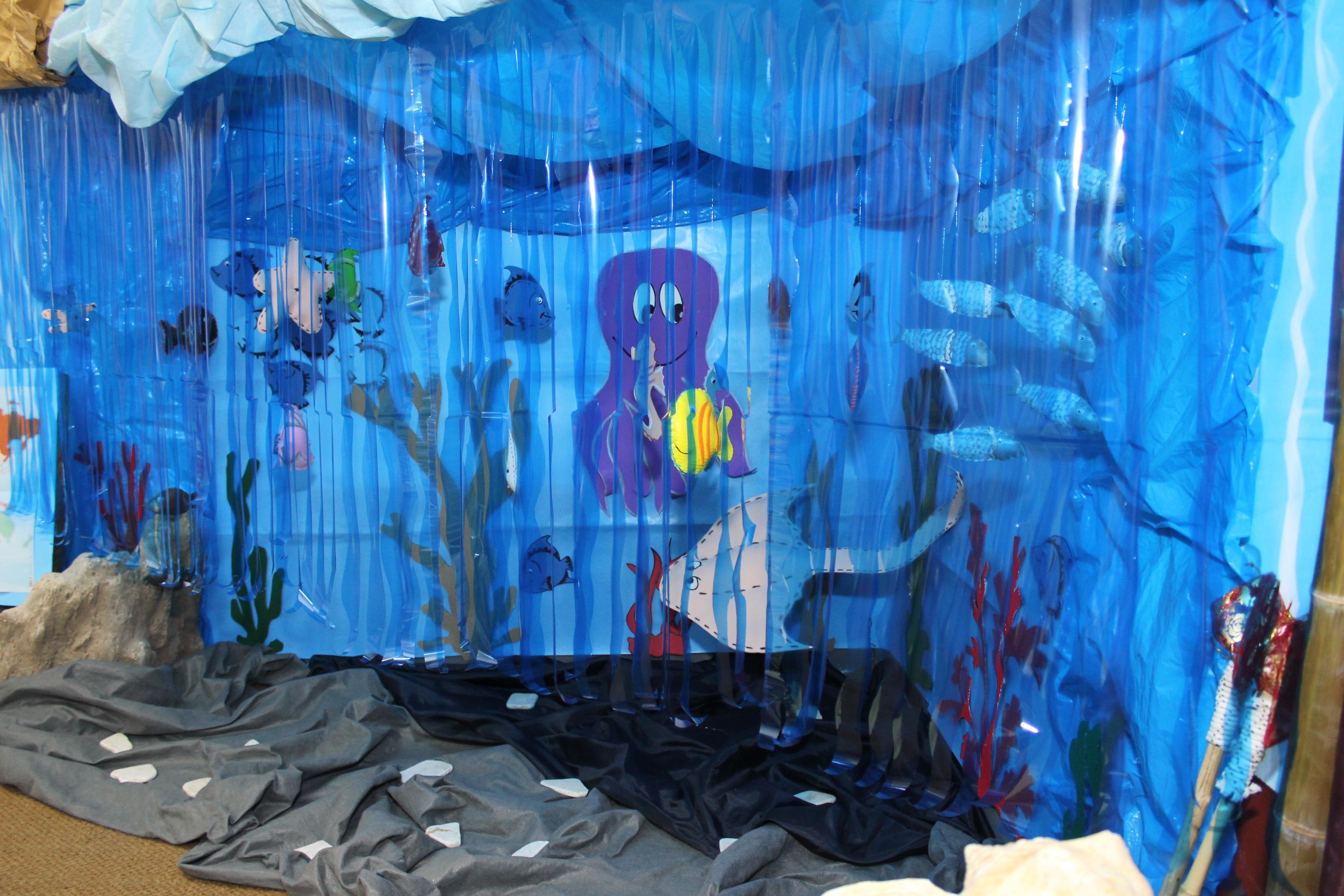 Decoraci n para el aula primariolandia for Accesorios para estanques de peces